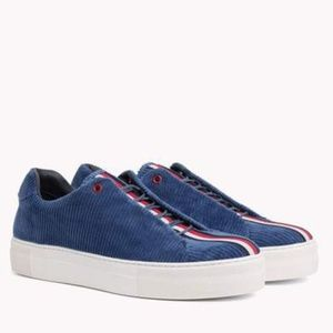 Tommy Hilfiger Collection Casual Corduroy Sneakers